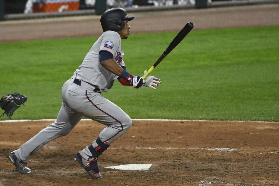 Twins Top White Sox in Season Opener