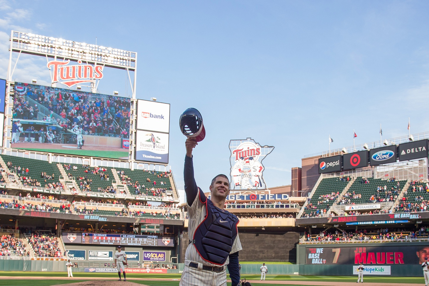 popular stores many styles various styles 10 Years at Target Field: The Best Moments of the Decade ...
