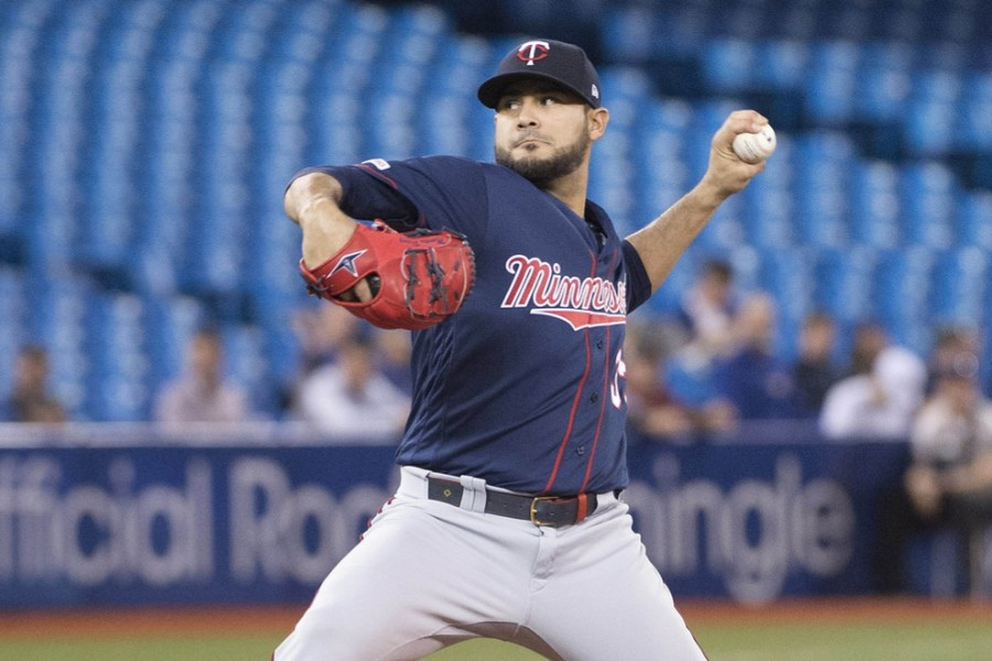 Twins Hammer and Blank Blue Jays