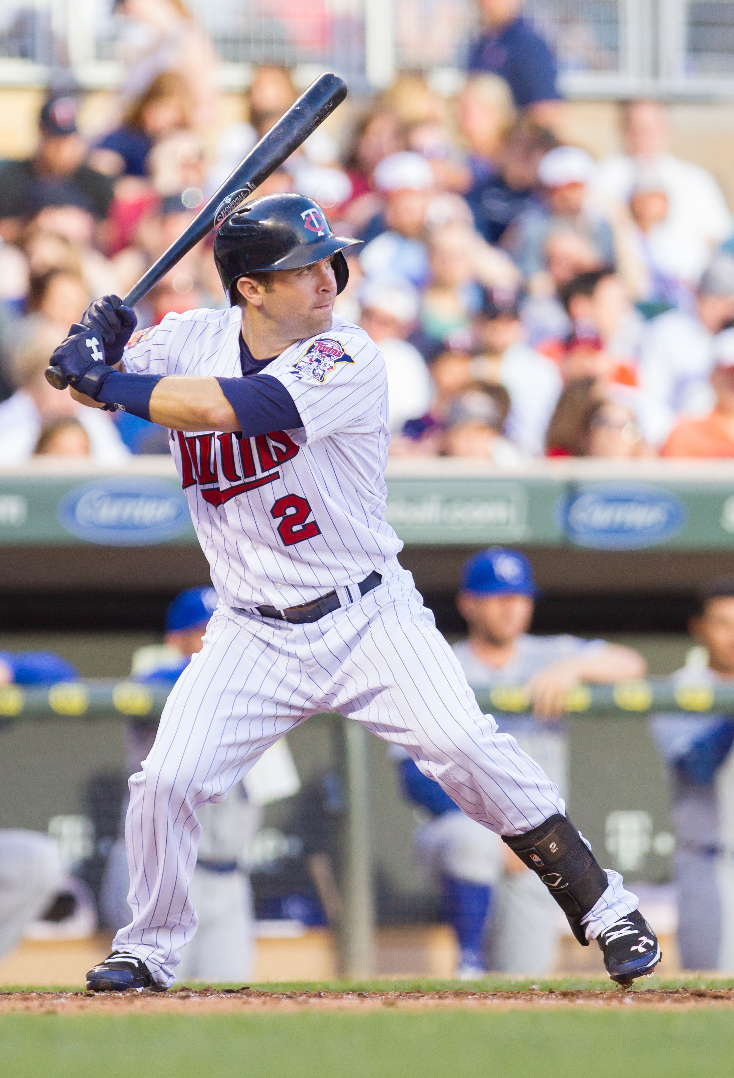 Should the Twins Extend Brian Dozier?