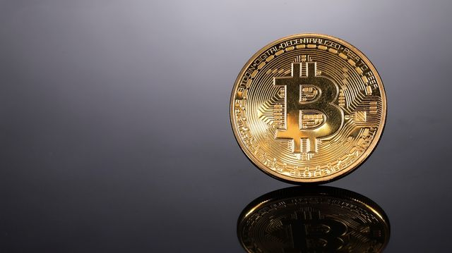 How to Buy Bitcoin(BTC)on Binance 1*818*869*1760 Buy Sell Invest and Verify Your Wallet 2021 Guide.