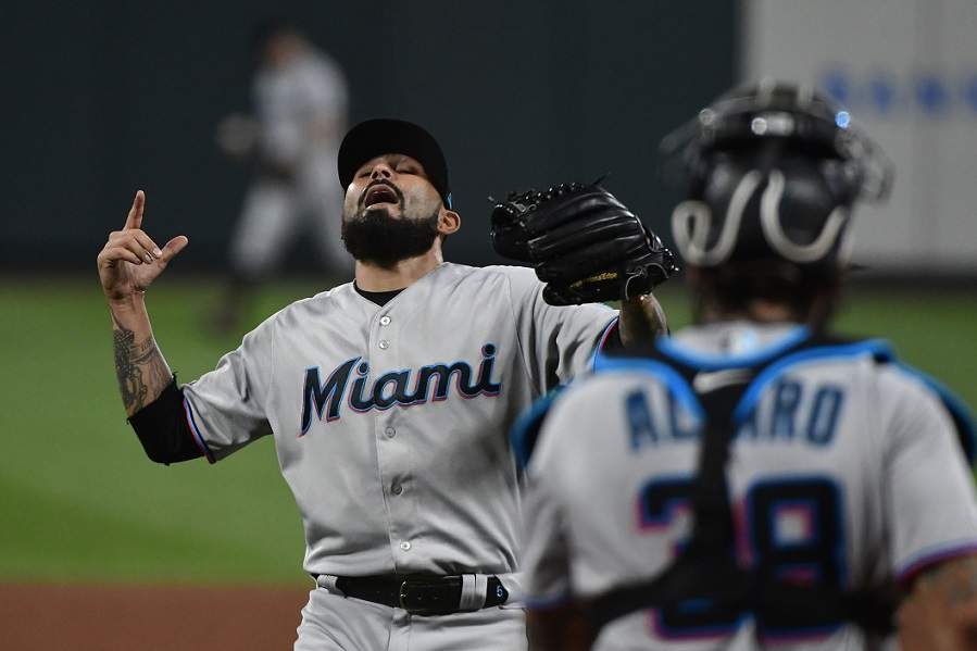 Twins' Odorizzi reaches new heights with 12th win
