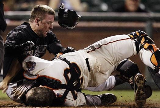 Attached Image: buster-posey-injury.jpg