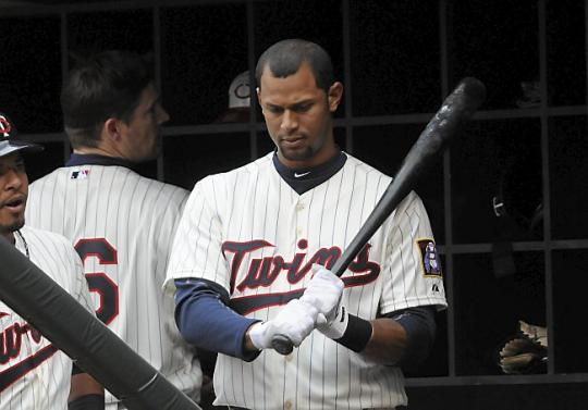 Attached Image: Aaron Hicks 2.jpg