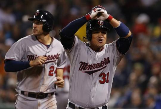 Attached Image: oswaldo_arcia_arms_600.JPG