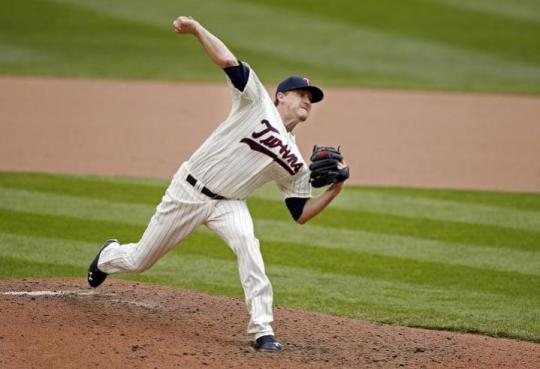 Attached Image: Correia_Kevin_Pitching_US_720.jpg