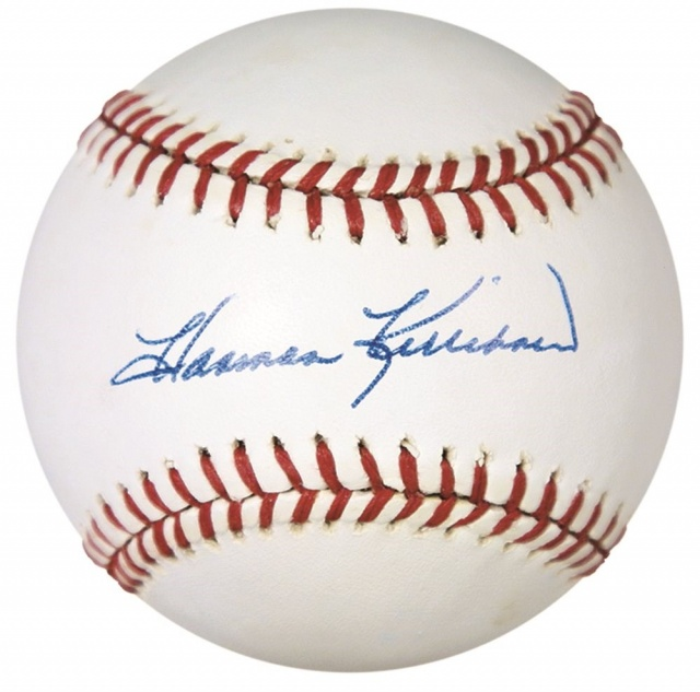 Attached Image: harmon-killebrew-single-signed-baseball-2288.jpg