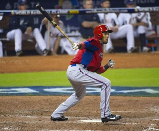 Attached Image: Rosario_Eddie_batting_US_720.jpg