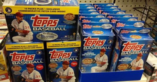 Attached Image: 2012-topps-baseball-card-display.jpg
