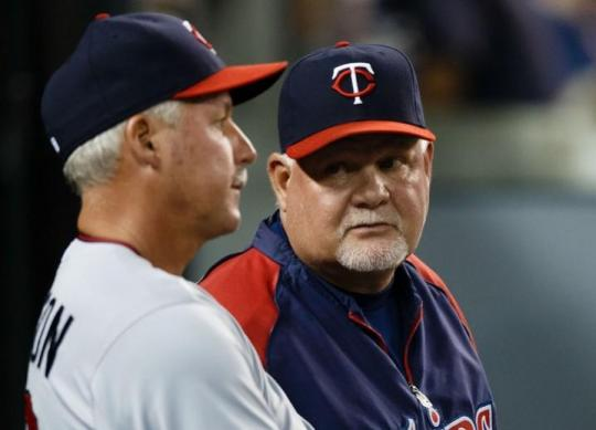 Attached Image: Gardenhire_Anderson_Looking_US_720.jpg